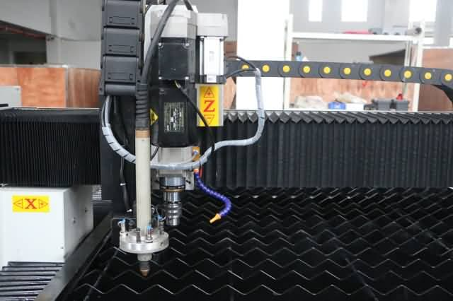 Plasma torch and CNC drilling machine+ water cooling